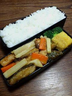 鯖とウドの炒め物