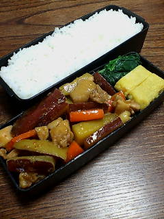 鶏肉とサツマイモの炒め煮