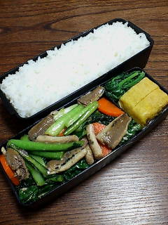 鰯と小松菜のエスニック炒め