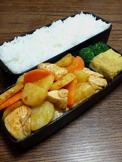 鶏肉とジャガ芋のケチャップ炒め
