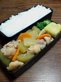 鶏肉とトウガンの味噌煮