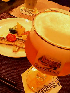 夏の夜のベルギービール
