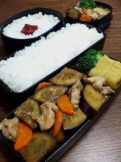 鶏肉と米ナスの炒め物