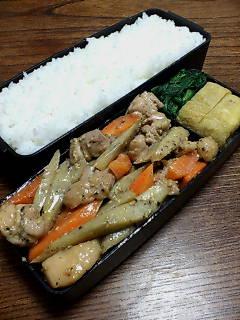鶏肉とゴボウのマヨネーズ醤油炒