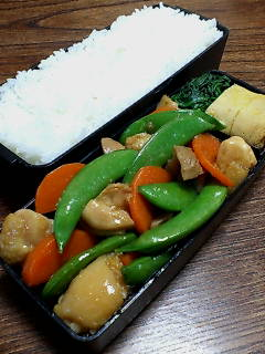 鶏肉とスナップエンドウの生姜炒