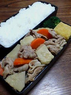 豚肉とヤツガシラの生姜煮