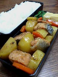 鮭とジャガイモのバター醤油炒め
