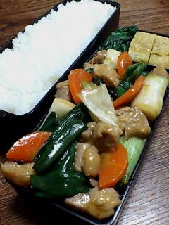 鶏肉と葉タマネギの生姜炒め
