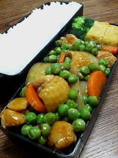 鶏肉とグリーンピースのケチャップ醤油炒め