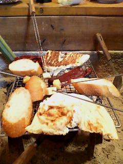 囲炉裏で焼き物