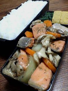 鮭と舞茸の煎酒炒め