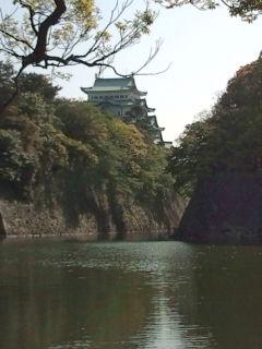 名古屋城通過