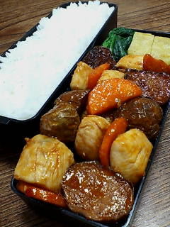 鶏肉と揚げジャガ芋のケチャップ炒め