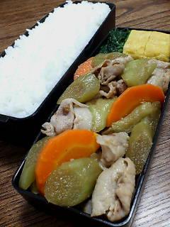 豚肉とハスイモの鰹節炒め
