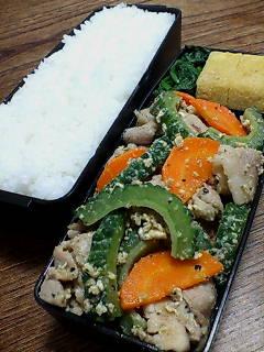 豚肉とゴーヤの炒め物