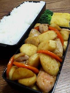 鶏肉とマコモタケのオイスター柚子胡椒炒め
